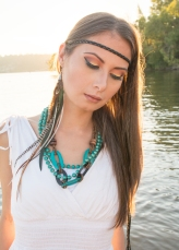 MUA: AMANA BEAUTY PHOTOGRAPHY: ALISHA KHAN PHOTOGRAPHY DECOR, PLANNING AND DESIGN: MOSAIC PARTY AND EVENT DESIGN MODEL: AYLA IRIS FEATHER EARRING: HIDDEN RAINBOWS